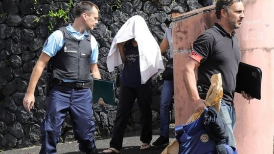 Reunion island: French police shot by suspected Islamist