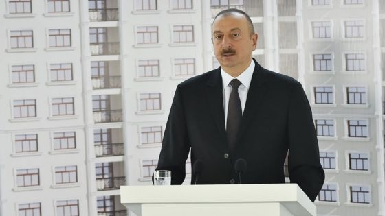 Journalists in Azerbaijan get free flats for Press Day