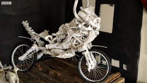 Ethiopian artists create art from animal bones and bags