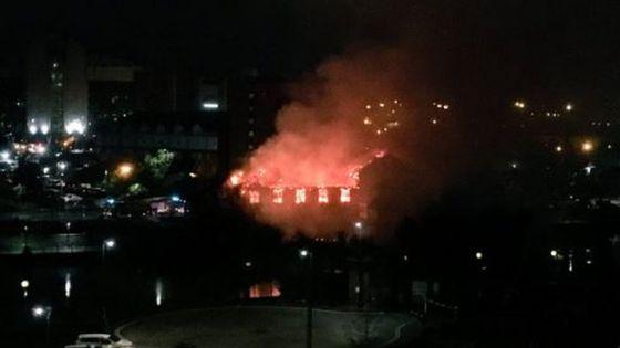 Blaze hits recently-shut Sam Platt's pub in Salford
