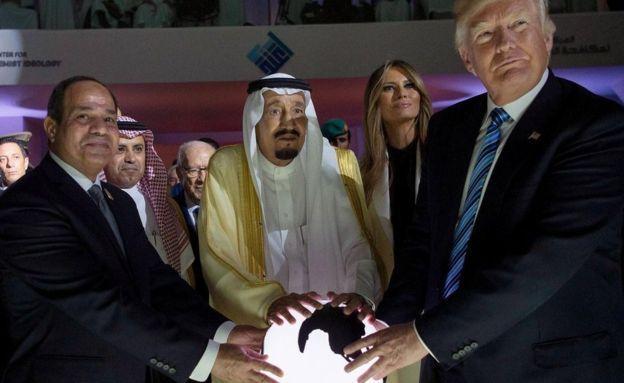 El presidente de Estados Unidos, Donald Trump, se reunió con el presidente de Egipto, y con el rey Salman de Arabia Saudita en mayo.