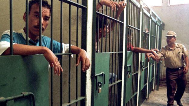 Prisioneros en El Salvador