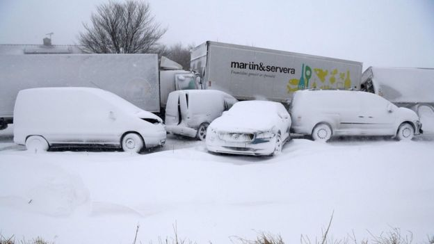 Europe freezes as 'Beast from the East' arrives (bbc.com)