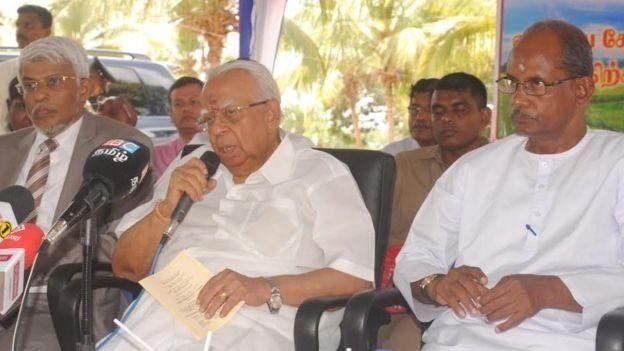 தமிழத் தேசியக் 4ட்டமைப்பின் தலைவர் இரா சம்பந்தன்