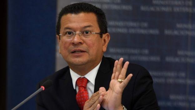 El Ministro de Relaciones Exteriores de El Salvador, Hugo Martínez,