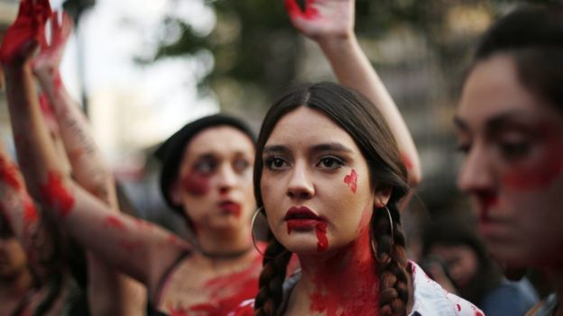 Şili'de protesto gösterileri
