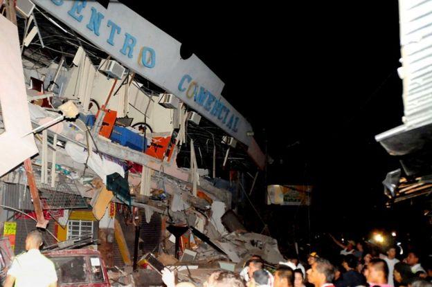Quake damage in Manta, Ecuador, 17 April
