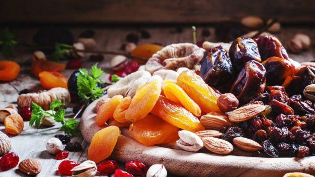 3 tipos de alimentos que ayudan a controlar el apetito _98116230_gettyimages-530508382