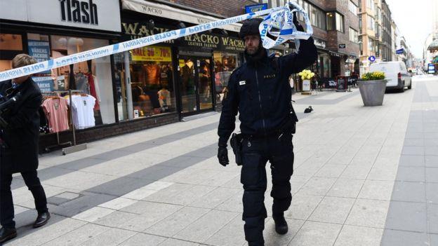 Policía acordona la zona del incidente en Estocolomo