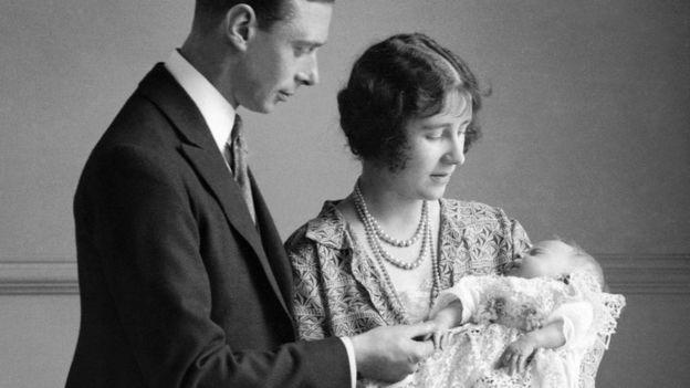 Kraliçe İkinci Elizabeth 21 Nisan 1926 günü dünyaya geldi.