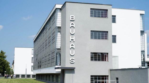 Edificio de la escuela Bauhaus en Dessau