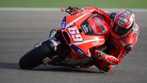 Nicky Hayden en su motocicleta