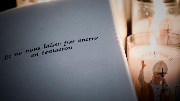 Verso del Padre nuestro en francés