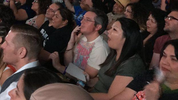 Público en el espectáculo de Lucha VaVOOM (Foto: Beatriz Díez)