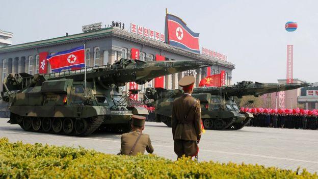 Ракеты на параде в Пхеньяне