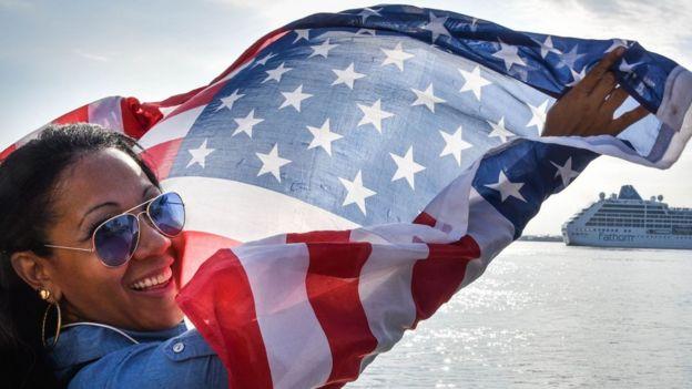 Mujer bandera
