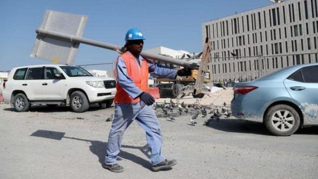 Đất nước Qatar do lao động nhập cư xây dựng