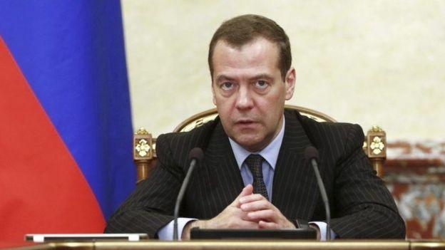 Waziri mkuu wa Urusi Dmitry Medvedev amesema kuwa vikwazo vipya vilivyowekwa na Marekani dhidi ya taifa hilo ni sawa na kutangaza vita vya kibiashara.