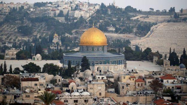Israel xem Jerusalem là thủ đô không thể chia tách, trong lúc người Palestine tuyên bố Đông Jerusalem là thủ đô của quốc gia trong tương lai