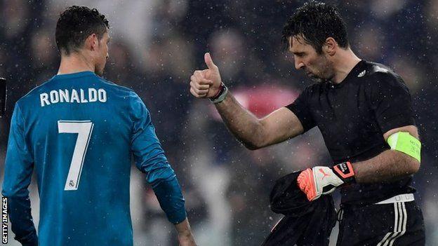 Gianluigi Buffon y Cristiano Ronaldo