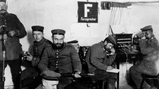 Puesto telegráfico alemán en Polonia, 1914.