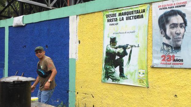 Cartaz das FARC