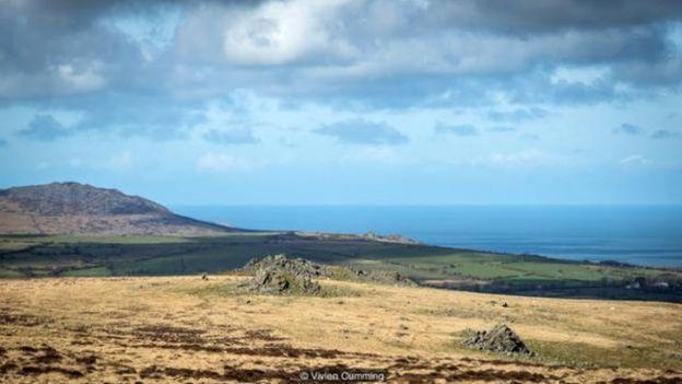 威尔士,普瑞斯里山 (Preseli hills) 裸露的岩石