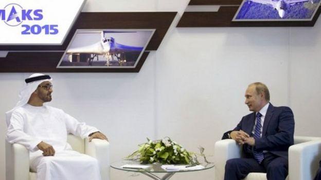 شیخ محمد بن زاید آل نهیان، ولیعهد اماراتی هم یکی دیگر از شاهزادگان عرب است که در این گزارش به نام او اشاره شده است