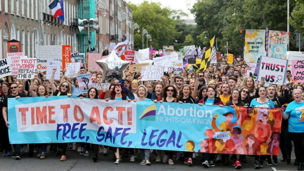 Hundreds of pro-choice protesters in Dublin on 30 September