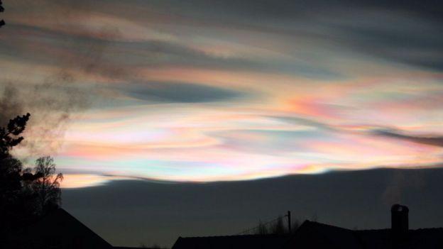Nubes nacaradas