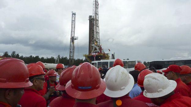 Torre petrolera