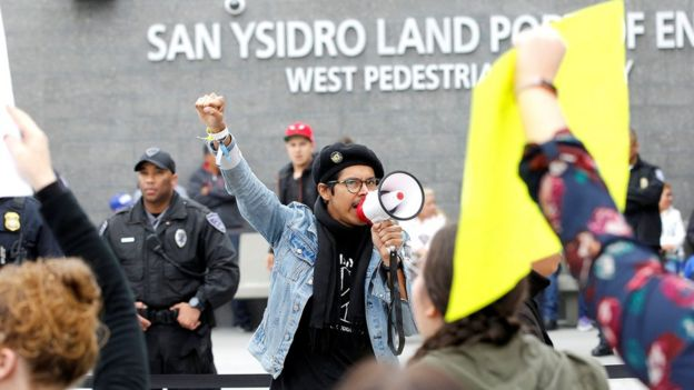 Protestas contra Donald Trump en San Ysidro, en la frontera entre Estados Unidos y México