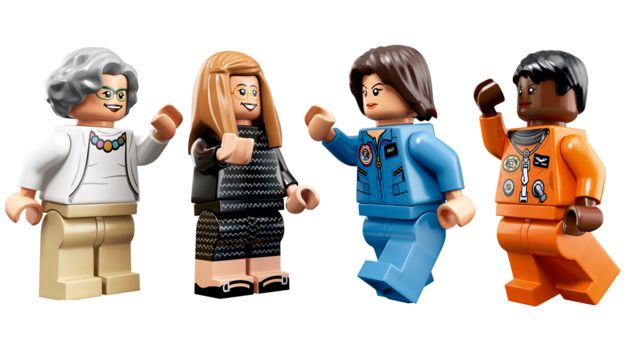 Figuras del nuevo set de Lego de Nancy Grace Roman, Margaret Hamilton, Sally Ride y Mae Jemison (Crédito: Lego)