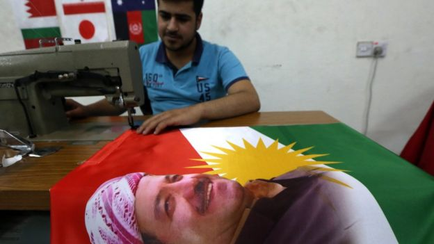 Barzani ve bayrak