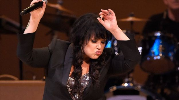 Ann Wilson performed Bowie's Let's Dance
