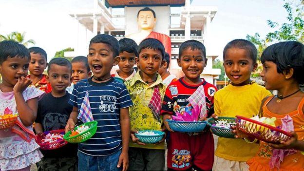 斯里蘭卡的城市孩子們