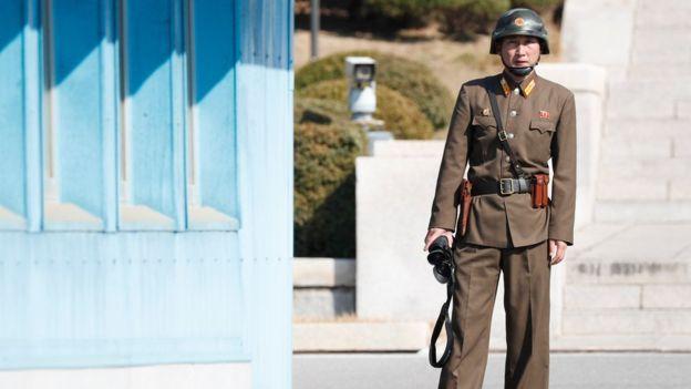 Soldado en la Zona Desmilitarizada