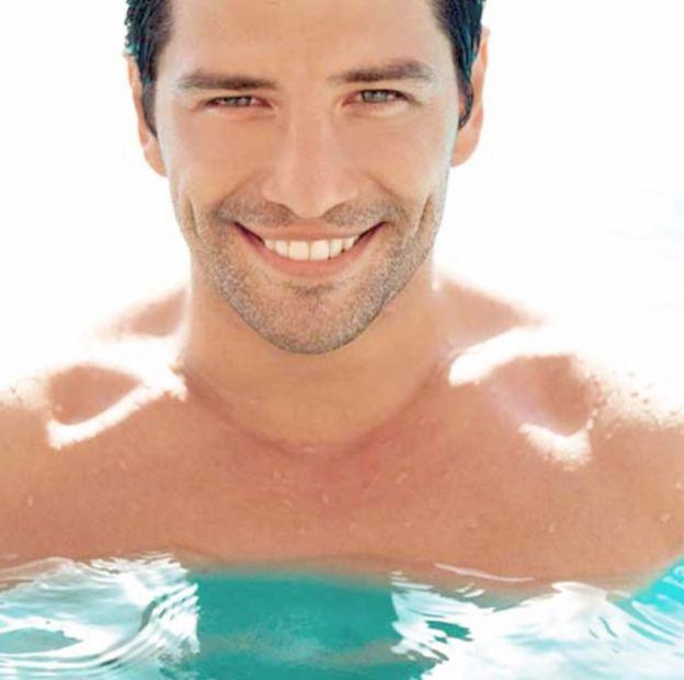 Foto do ator e cantor grego Sakis Rouvas