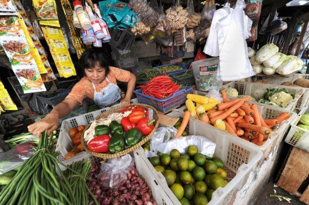 penjual buah dan sayuran