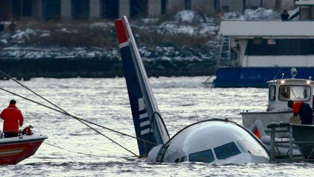 Аварийная посадка А320 на реку Гудзон