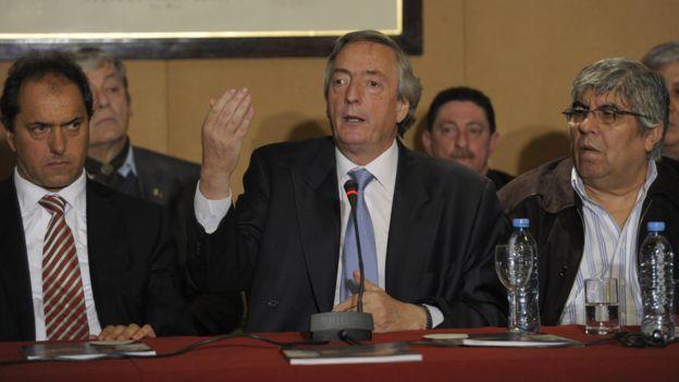 Moyano y Néstor Kirchner (centro).