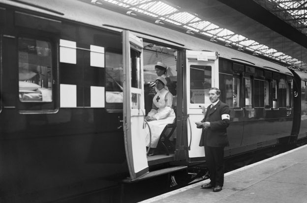 Hospital train and workers