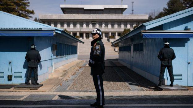 Soldado surcoreano en la zona desmilitarizada que divide a las dos Coreas.