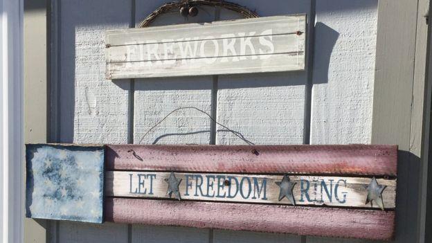 Las oficinas de Patriotic Fireworks en Maryland.