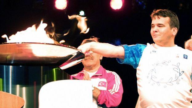 نعیم سلیمان اوغلو بیش از یک دهه سلطان بلامنازع وزن خودش بود و در دوران حرفهای اش ۴۶ رکورد جهانی را به نام خودش ثبت کرد