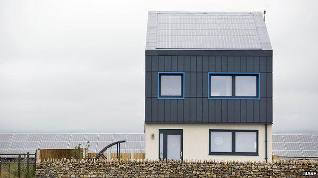 Designers create the impossible zerocarbon houseBBC News
