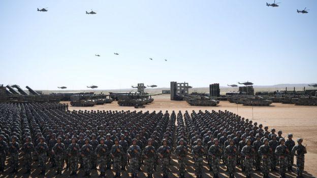 本次受阅官兵12000人。