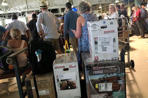 Generadores y equipos de emergencia en el aeropuerto de Charlotte Amelie, St. Thomas