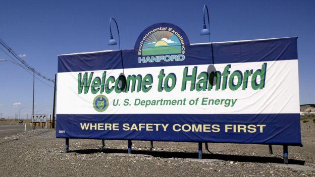 Cartel de bienvenida a la instalación de Hanford