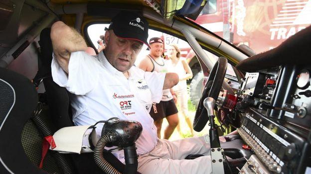 Croizon no cockpit do seu buggy